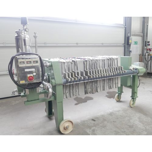 Chamber filter press SCHENK with pressure via hydraulic with motor