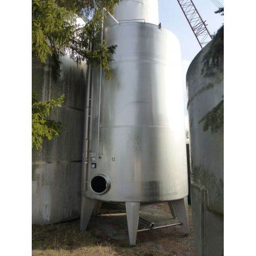 Storage Tank/ Fruit Juice Tank 27.000 liters round in V2A