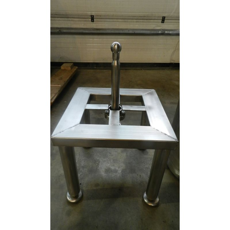 frame with CIP-cleaning for KEG-barrels,