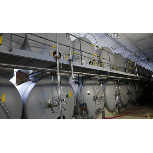 16.000 liters Steel pressure tank, enamelled (last content: fruit juice), operating pressure: 3 bar