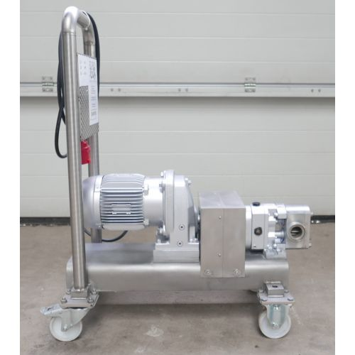 Rotary Piston Pump Capacity: 4,2 m3/min