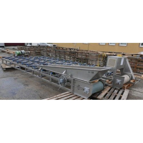 Conveyor belt in stainless steel,