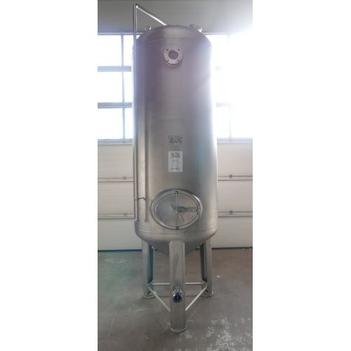 1.900 liter Storage tank for wine, beer, sparkling wine, water, fruit juices, oil