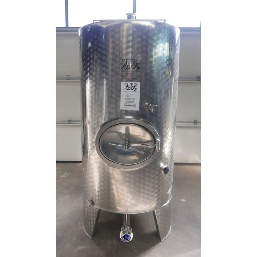 950 liter Storage tank for wine, beer, sparkling wine, water, fruit juices, oil