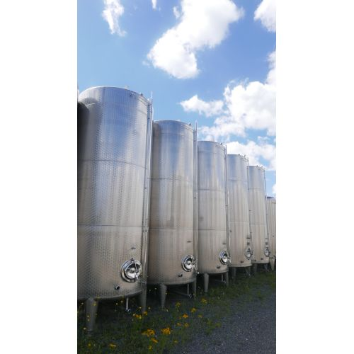 10.500 liter Storage Tanks/ Wine Tanks
