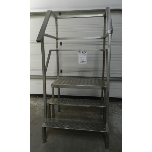 platform stairway in stainless steel with aluminium steps,
