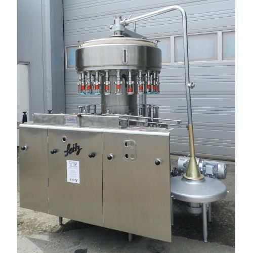 filler SEITZ with 24 stations Capacity 5500 bottles/h at 1,0 + 0,7 Ltr