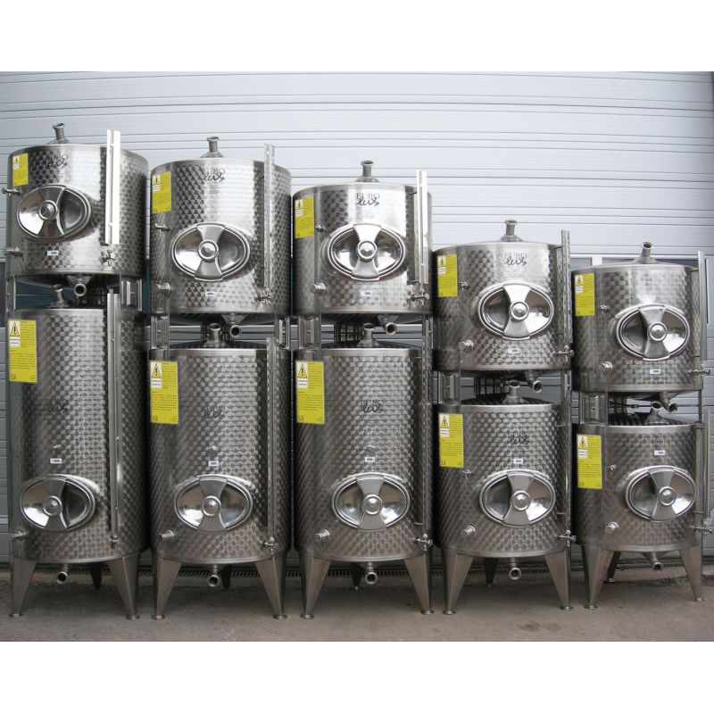 Storage Tanks stackable 300+300 Litres