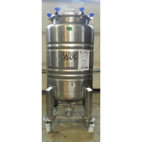 storage tank/beer tank 200 litre in AISI 304,