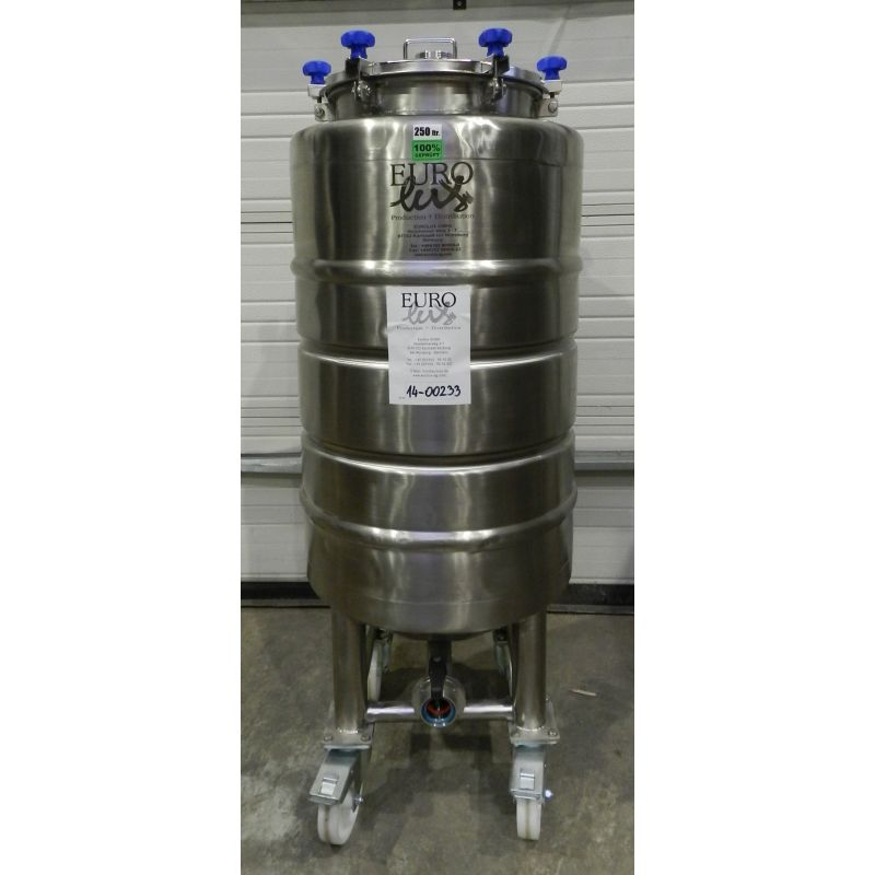Storage tanks/beer tanks 250 liters in AISI 304,