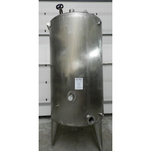 storage tank in AISI 304, 2500 litres,
