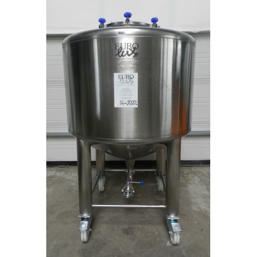 Beer tanks 600 - 1000 litres in AISI 304 on rolls,