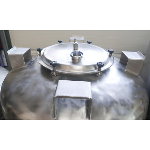Storage Tank / Beer Tank/ Pressure Tank 1200 Litres in AISI 304