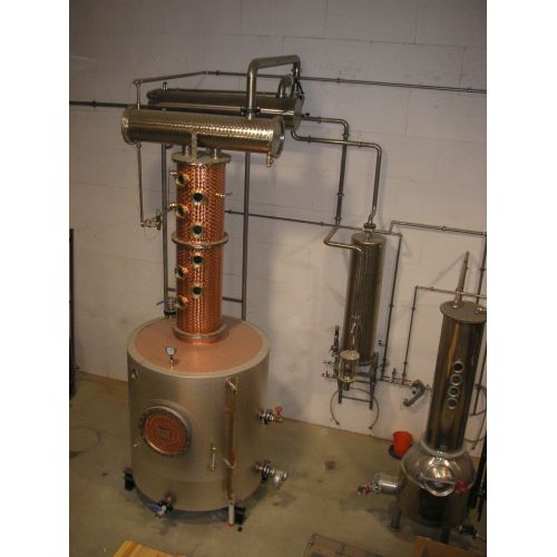 Destillation Plant in copper, Capacity to: 150 Liter /h