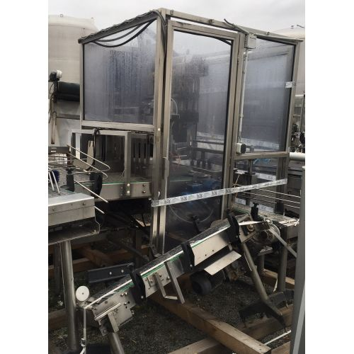 Carton bottle packer STUCKENBERGER Capacity: 3.000-5.000 bottles pro hour.